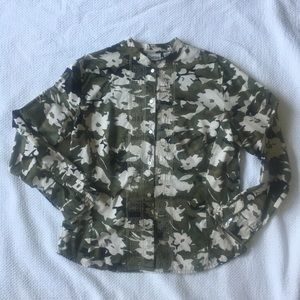 CHICOS Green Camo Floral Army Embroidered Shirt 1